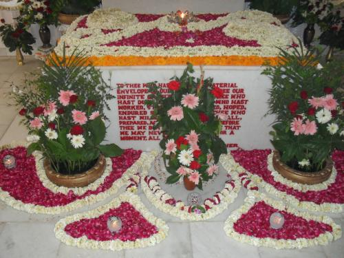 Samadhi Decoration (10)