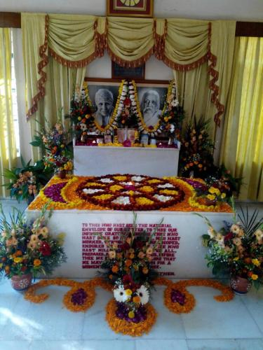 Samadhi Decoration (56)