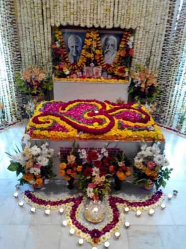 Samadhi Decoration (30)