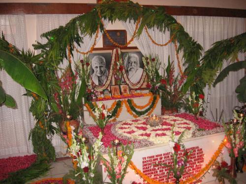 Samadhi Decoration (67)